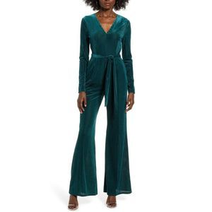 ASTR the Label Green Velvet Jumpsuit NWT Size M